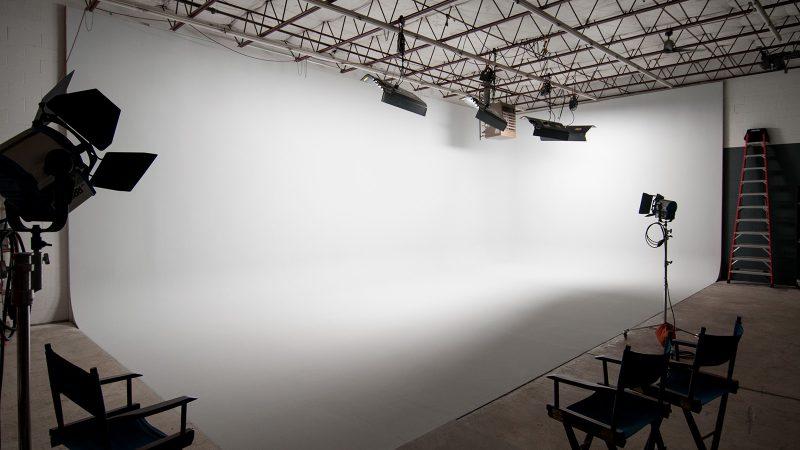 Kinopicz Studio White Cyc