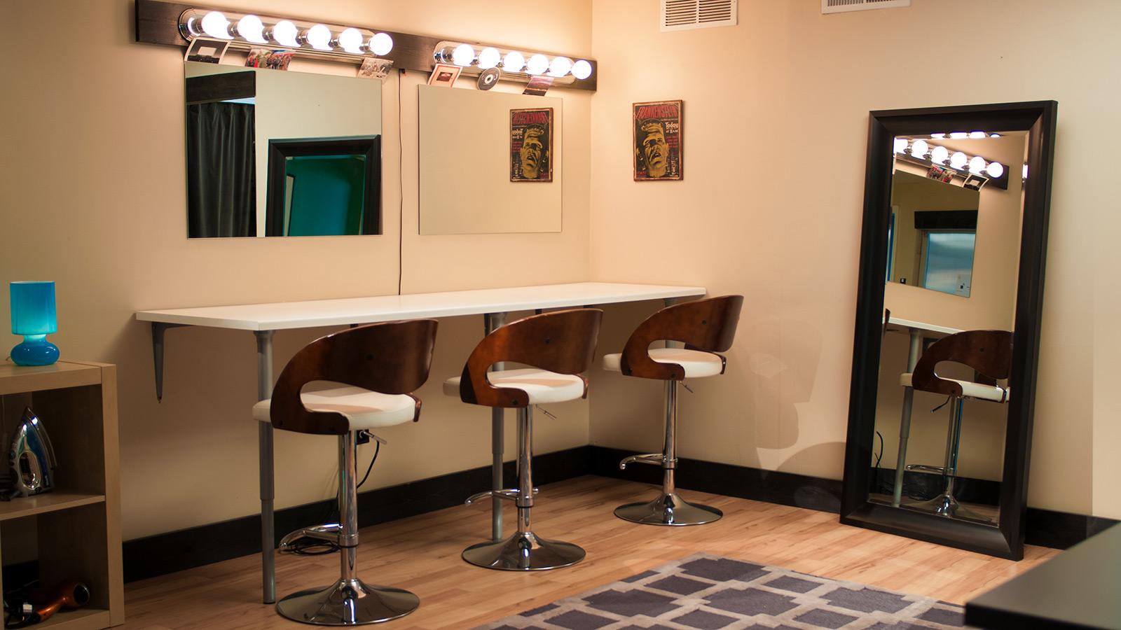 Kinopicz Studio Hair/Makeup Room